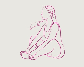 Femeie șezând cu tălpile picioarelor lipite între ele, efectuând o întindere a coapsei interioare.